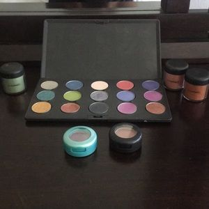 MAC Eyeshadow Lot! Moving so make an offer!